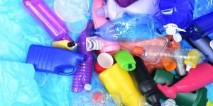 Plásticos de un solo uso: qué son, ejemplos, consecuencias y prohibición
