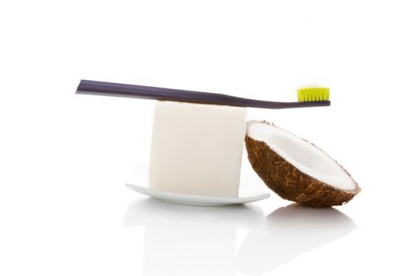 Cómo hacer pasta de dientes ecológica - Cómo hacer pasta de dientes natural con aceite de coco