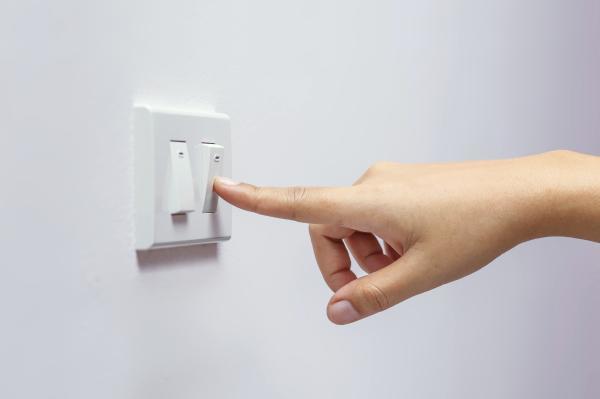 Cómo cuidar el medio ambiente en el trabajo - Apagar los aparatos