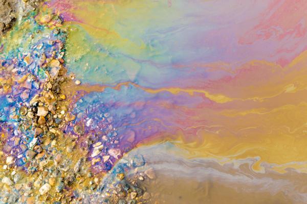 Los residuos más contaminantes y difíciles de separar del agua