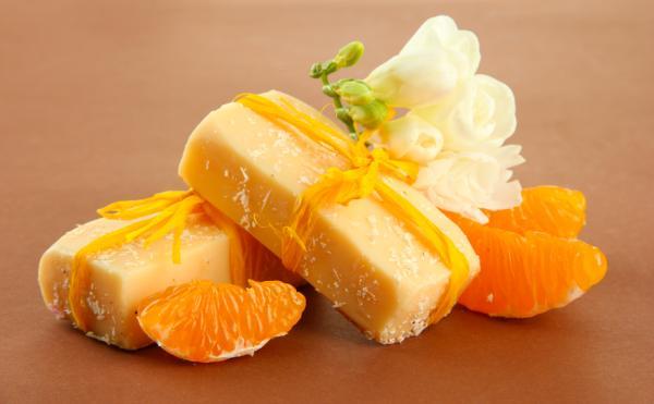 Cómo hacer jabón artesanal de naranja