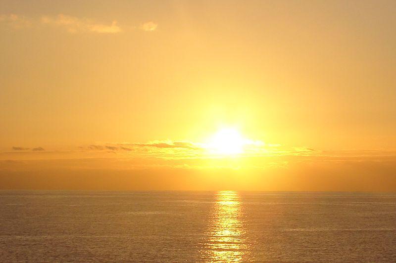 Por qué el SOL es AMARILLO: explicación sencilla para niños