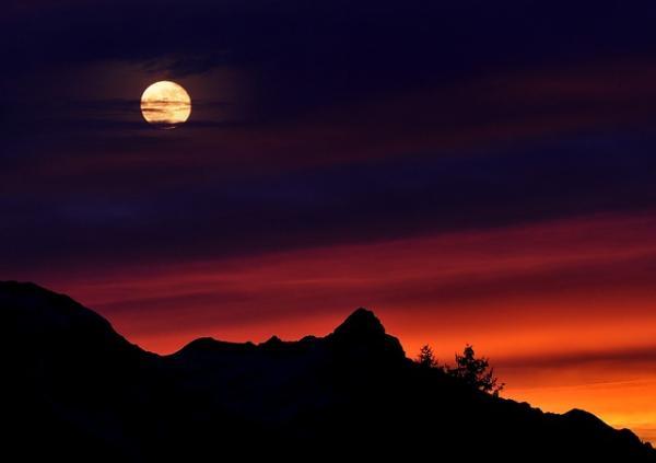 Cómo influye la Luna en las personas - Influencia de la luna en el comportamiento humano