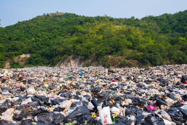 7 desastres naturales causados por el hombre - Las grandes islas de plástico
