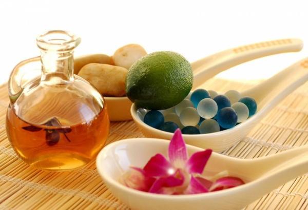 El arte de hacer perfumes naturales caseros - Cómo hacer agua de colonia o de baño