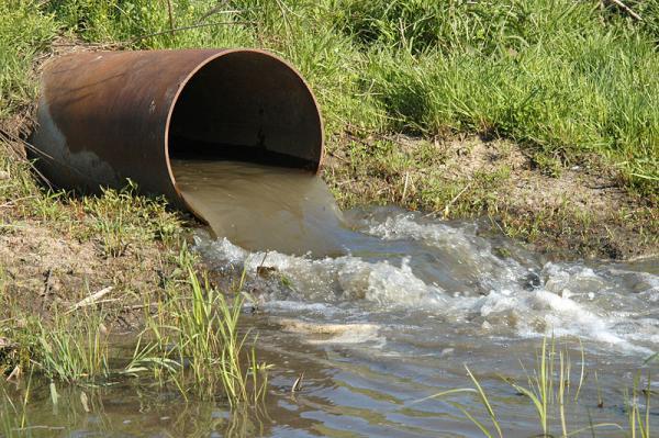 Qué son los vertidos industriales en el agua y su tratamiento - Clasificación general de los vertidos