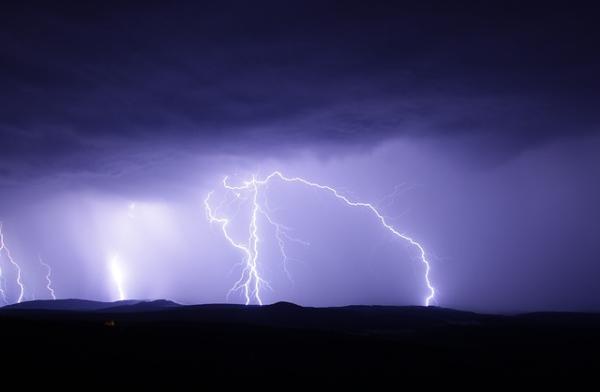Qué es una tormenta eléctrica dispersa