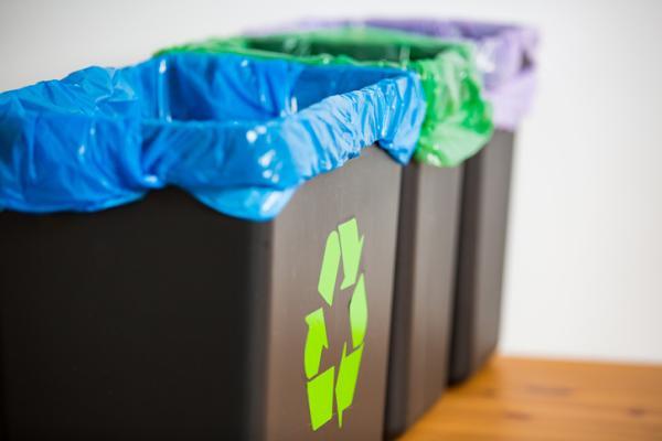 Cómo separar la basura - Papel y cartón