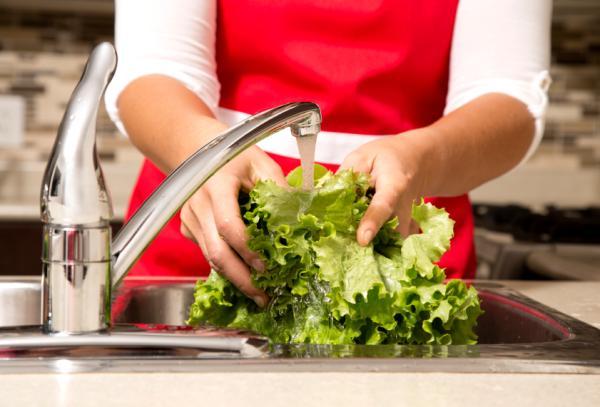 Cómo desinfectar frutas y verduras de forma ecológica
