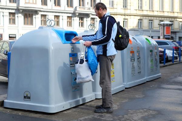 Errores más comunes del reciclaje - Errores más comunes al usar el contenedor azul
