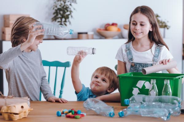 Actividades para cuidar el medio ambiente - Hacer objetos útiles con materiales reciclados