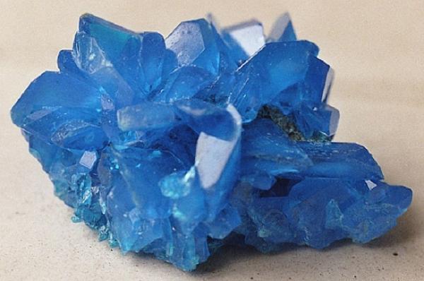 Diferencia entre mineral, roca y cristal - Qué es un cristal