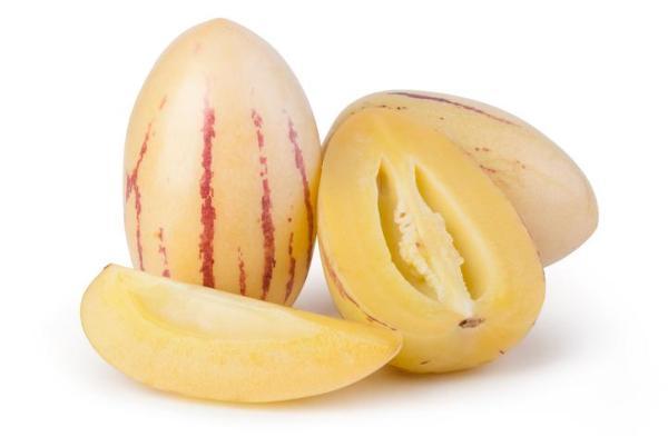 30 nombres de frutas tropicales raras - Pepino dulce
