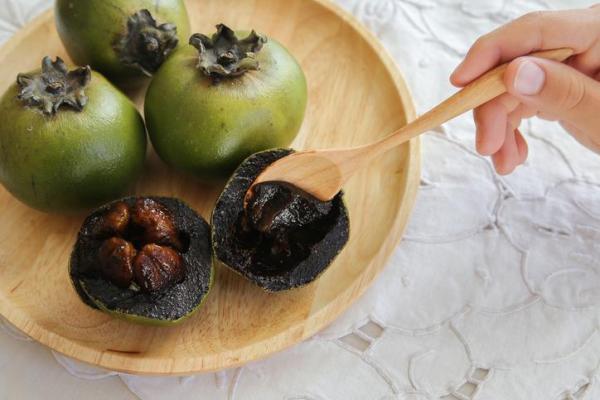 30 nombres de frutas tropicales raras - Zapote negro