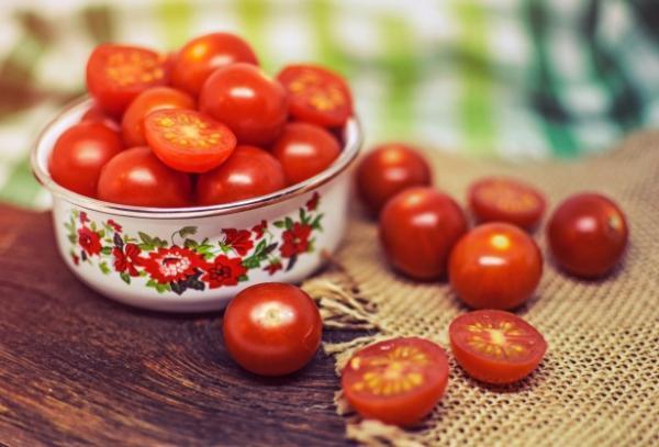 +30 tipos de tomates - Tipos de tomates pequeños: los tomates cherry