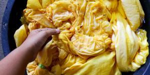 Cómo teñir la ropa de forma natural