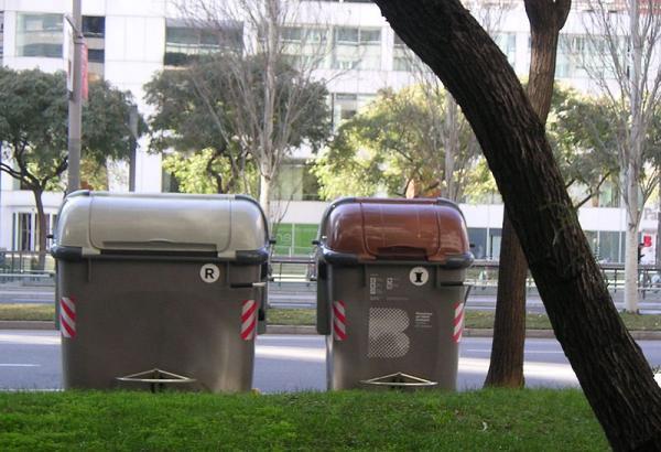 Qué se recicla en el contenedor marrón - Qué se puede tirar en el contenedor marrón