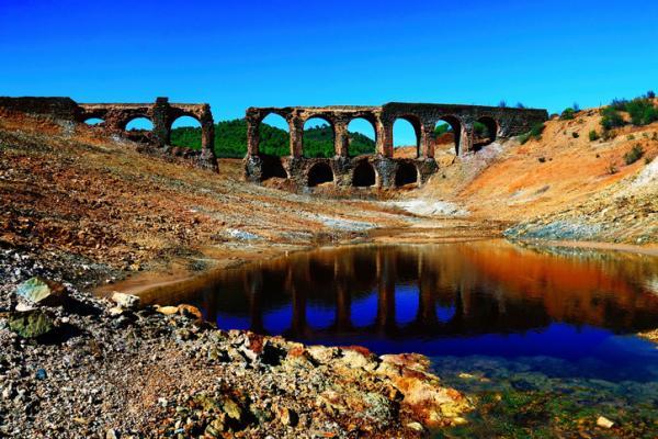 Sobreexplotación del agua: causas, consecuencias y soluciones - Causas de la sobreexplotación del agua