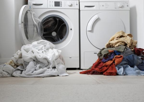 Qué cantidad de detergente usar para lavar la ropa - Signos de que estamos poniendo demasiado detergente