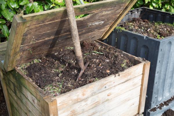 Cómo hacer un compostador casero