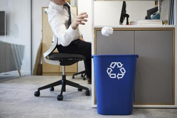Comment protéger l'environnement en entreprise - Optimiser l'utilisation du papier au bureau